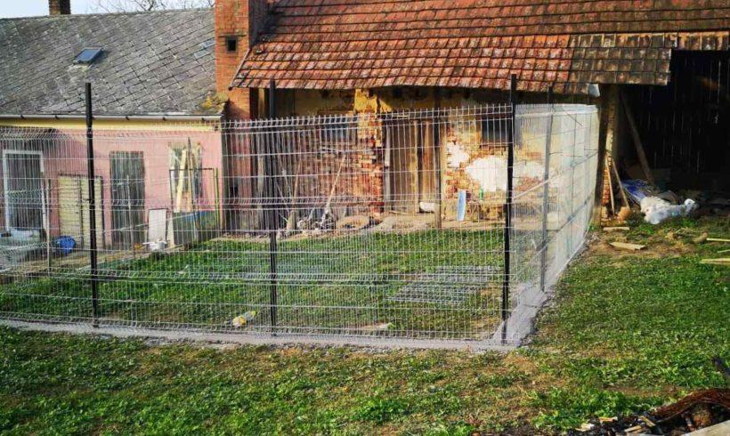 Livias kleine Tierstation bekam den ersten Zwinger….